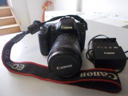 Canon EOS 7D  fényképezőgép 18-135 mm objektív, főkép