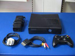 Xbox 360 konzol 250 GB HDD , Jótállással!!, főkép
