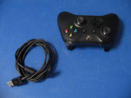 Xbox One wireless / vezeték nélküli kontroller – fekete, főkép