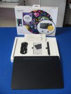 Wacom Intuos M (CTL-6100WL)  Digitalizáló tábla, főkép