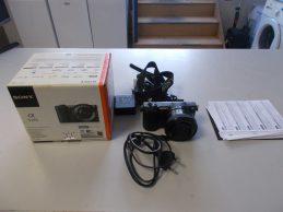 Sony Alpha 5100 fényképezőgép (16-50mm objektívvel) jótállással, főkép