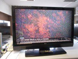 LG 42LF66 LCD TV jótállással, főkép