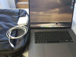 Szép Megkímélt MACBOOK PRO2019 Laptop jótállással, főkép